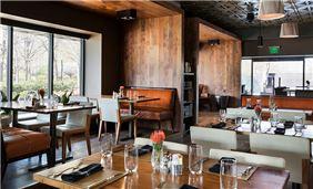 FLINT - Interior Bar Area